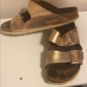 Birkenstock Shoes - Rose gold Birkenstock's